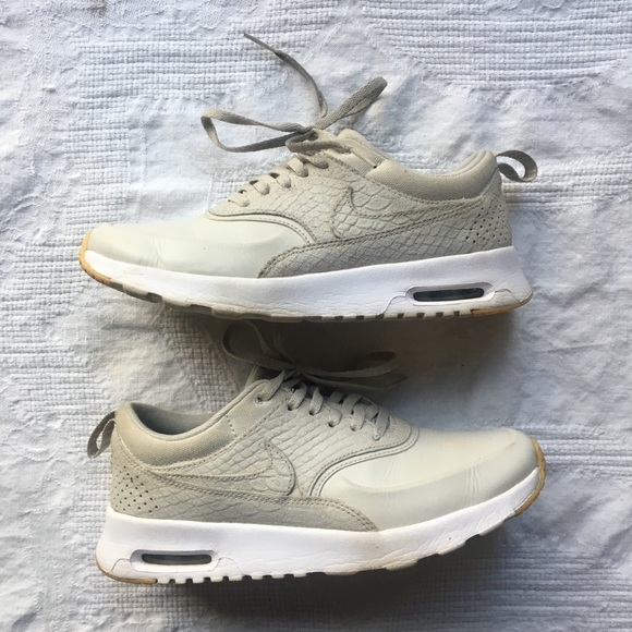 Details about *NEW* Nike Air Max Thea Premium (Women's Size 5.5) Athletic Sneaker Shoes Silver